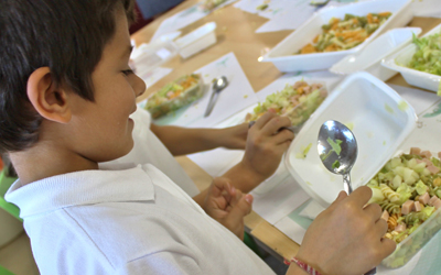 Catergest ofrece un taller sobre alimentación saludable para niños